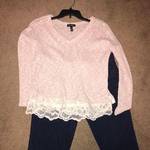 Jessica Simpson sweater size M